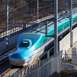 仙台駅発(はやぶさ1号)